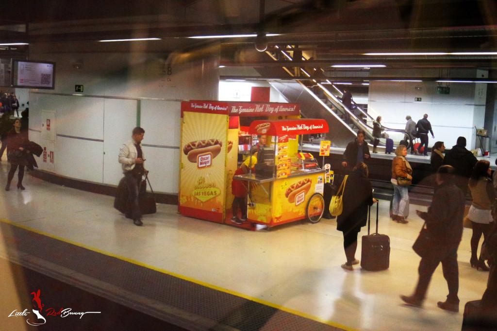 Hot Dogs in Spain 0924